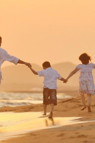 family-RW_Luxury_Hotels_&_Resorts_78205039