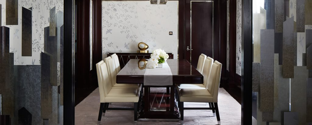 rw-luxury-hotels-resorts-peninsula-fifth-avenue-suite-dining-room