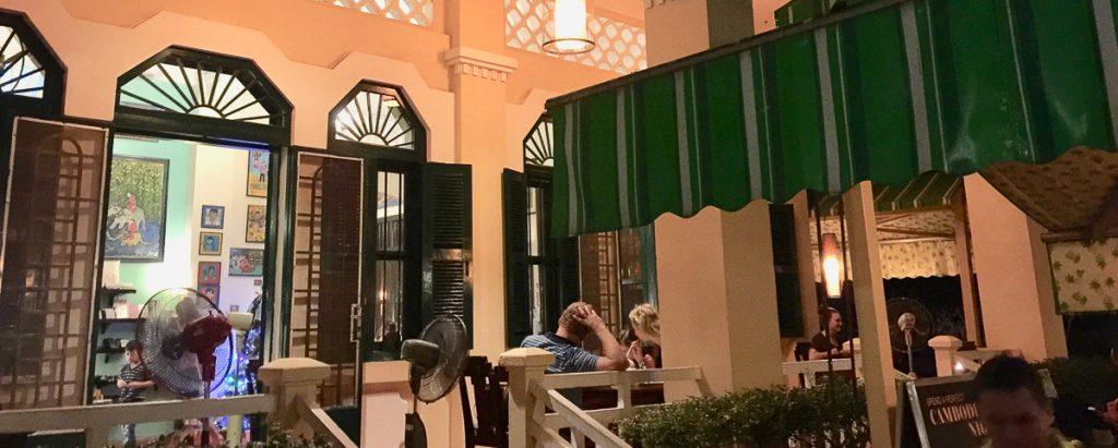 RW Luxury Hotels & Resorts Phnom Penh Cambodge restaurant